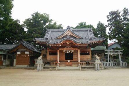 八劔神社(やつるぎ)